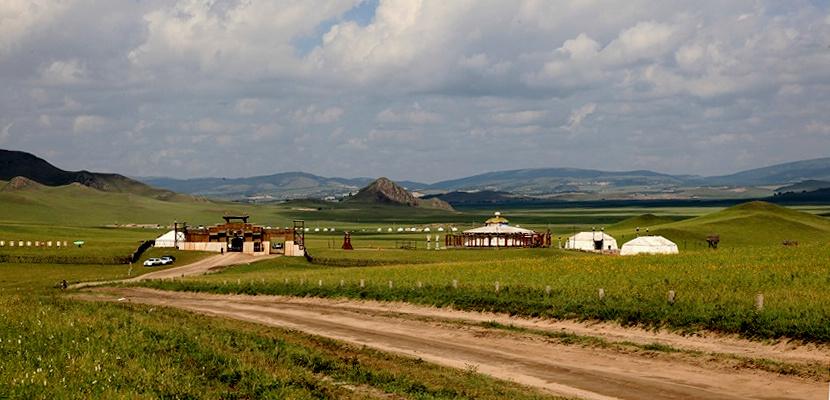 内蒙古赤峰乌兰布统草原旅游自驾攻略_赤峰攻略景点