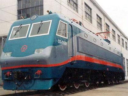 """""""韶山1""""型电力机车主电路为低压侧调压"""