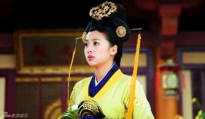赵丽颖图片大全可爱公主斗图