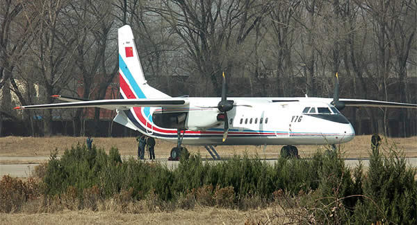 机体结构采用整体翼梁,整体翼肋,整体壁板,机翼整体结构油箱,化学铣切