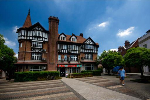 的泰晤士小镇,坐落于松江新城