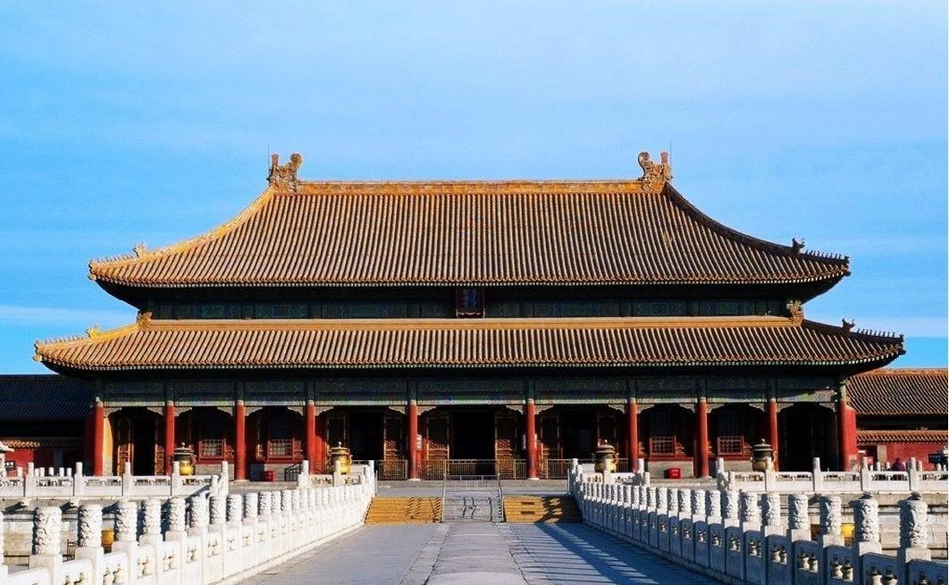 太和殿是故宫中最大的木结构建筑